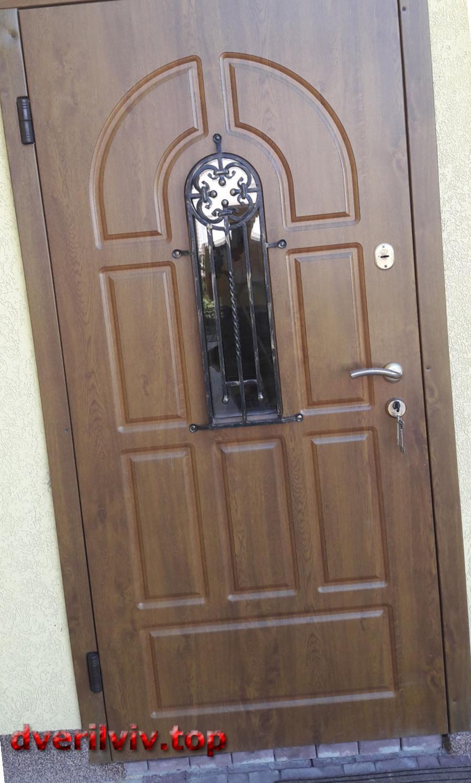 Як вибрати красиві і надійні двері у Львові