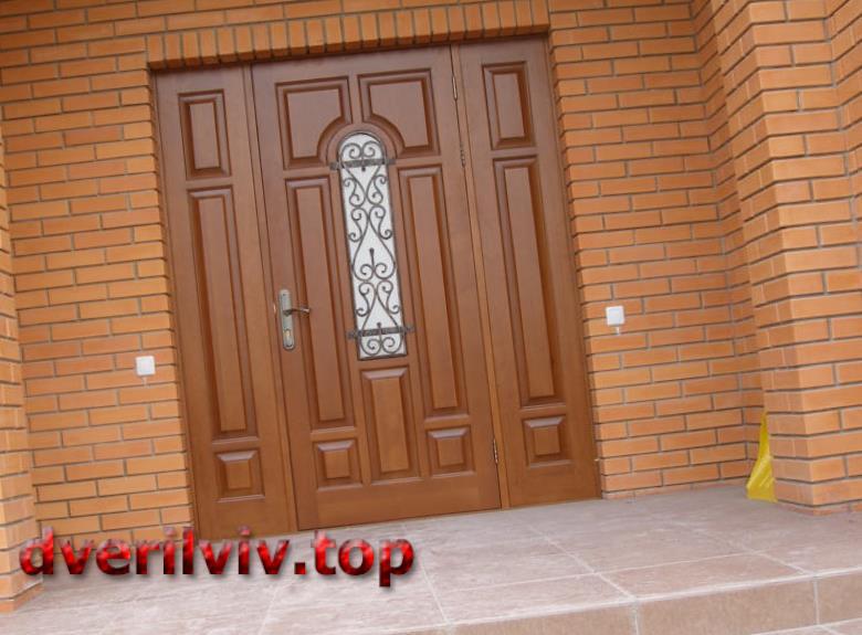 Дерев'яні двері Львів