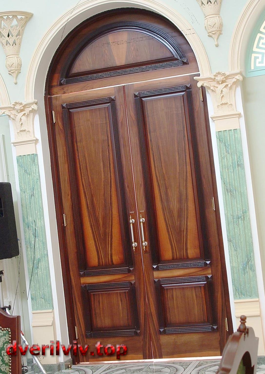 Купить межкомнатные двери дубовые сосновые ольховые