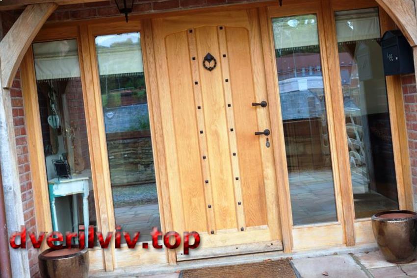 Дерев'яні двері в квартиру :: Низькі ціни у Львові