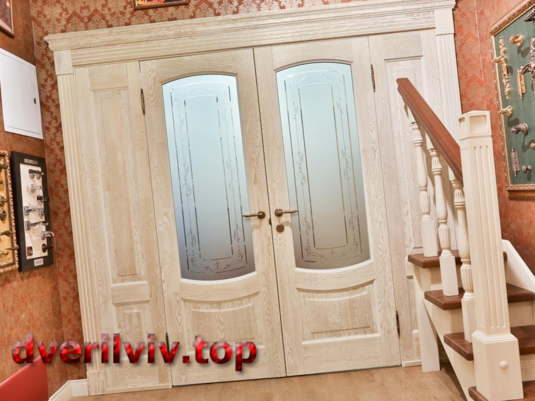 Двері з масиву дуба :: Низькі ціни у Львові