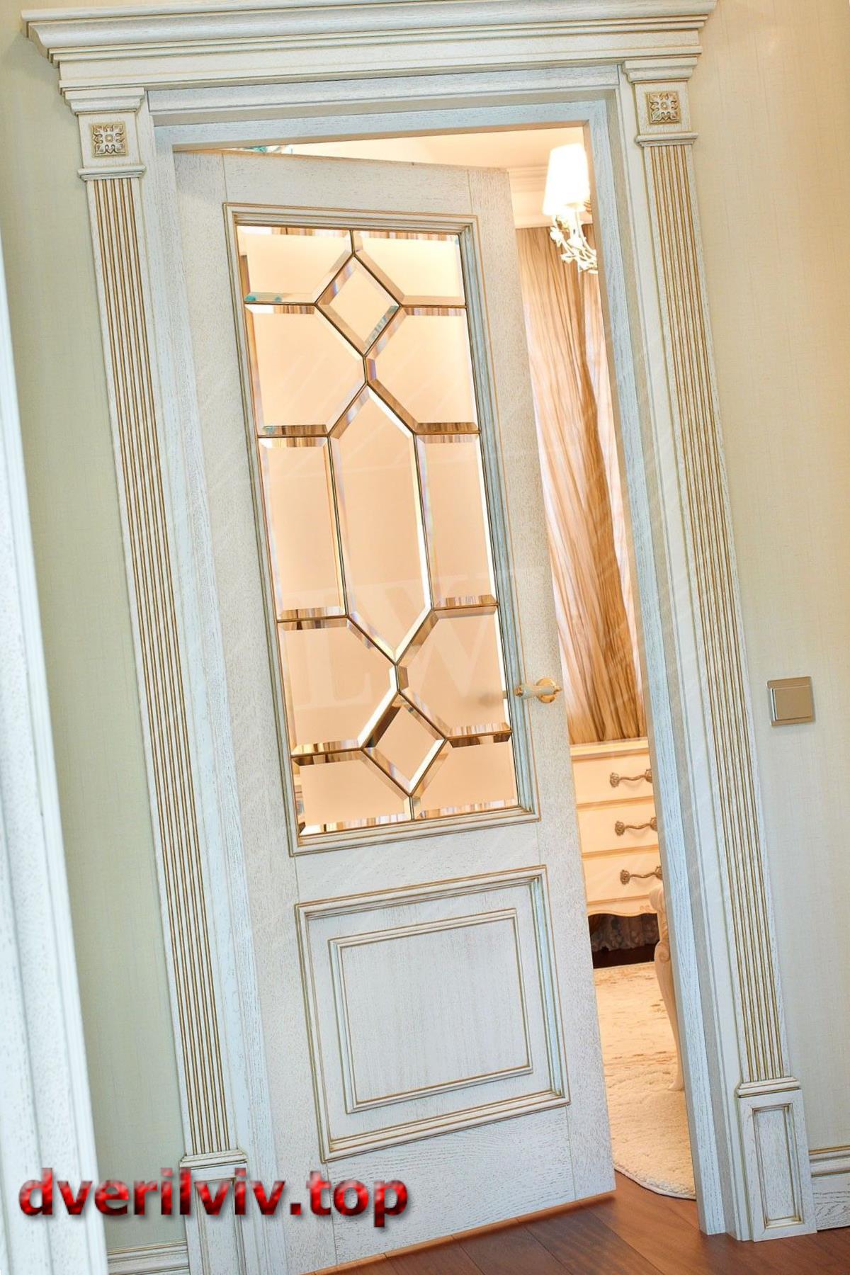 Міжкімнатні двері кольору білого дуба :: Низькі ціни у Львові