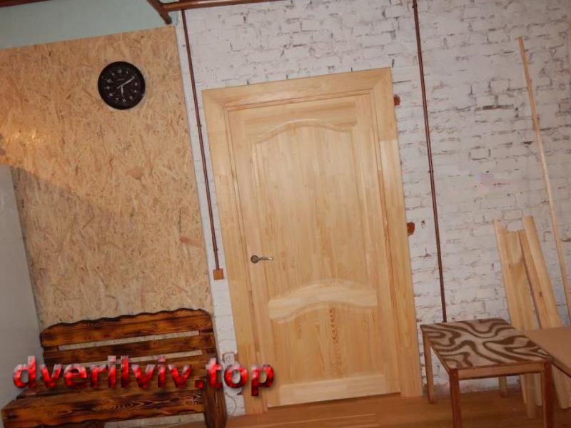 Міжкімнатні двері з масиву під фарбування :: Низькі ціни у Львові